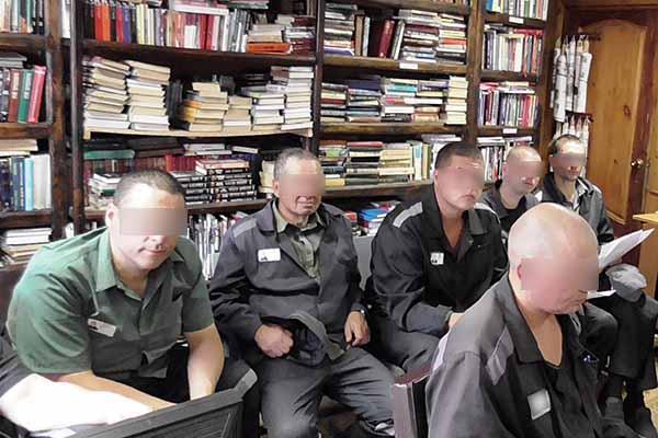 В ИК-5 отметили День рождения Сергея Есенина
