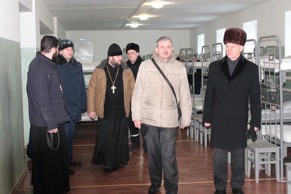 Гости посетили общежития отрядов обычных условий содержания